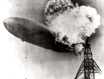 788pxhindenburg_burning