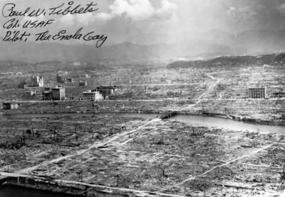 Hiroshima_autograph_tibbets