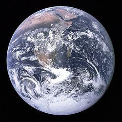 250pxthe_earth_seen_from_apollo_17
